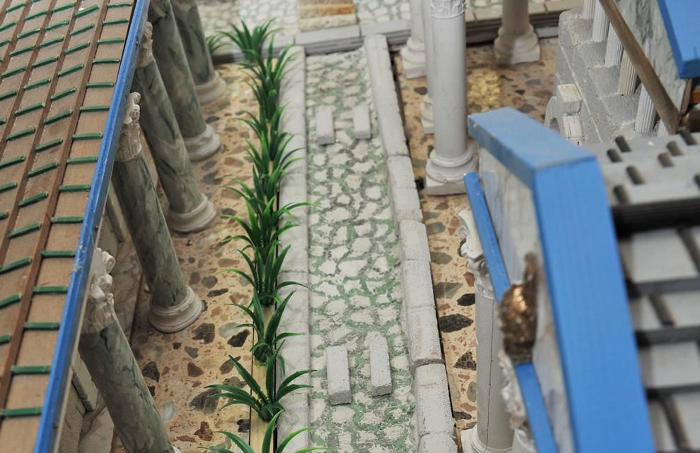 La Civiltà di Roma - Le Strade | Civica Galleria Figurino Storico