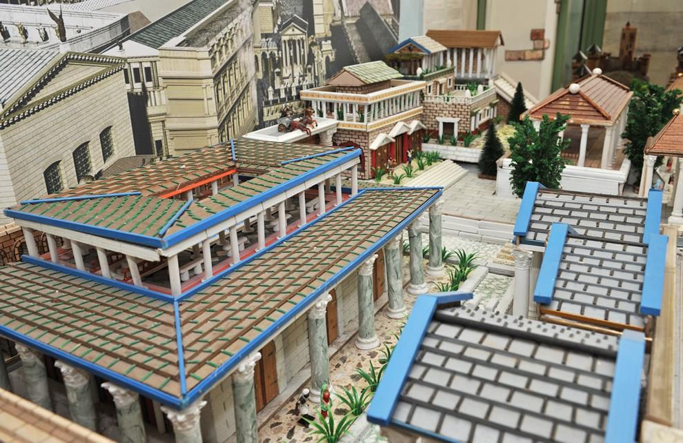 La Civiltà di Roma - Le Terme | Civica Galleria Figurino Storico