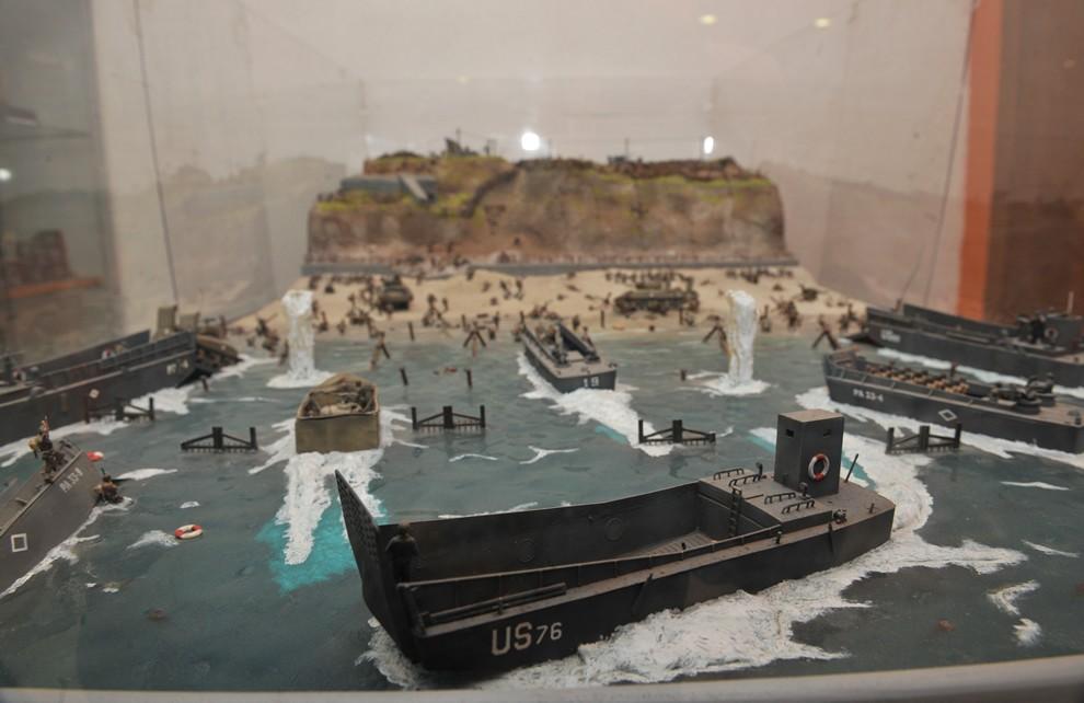 II Guerra Mondiale - Gli alleati avanzano | Civica Galleria Figurino Storico