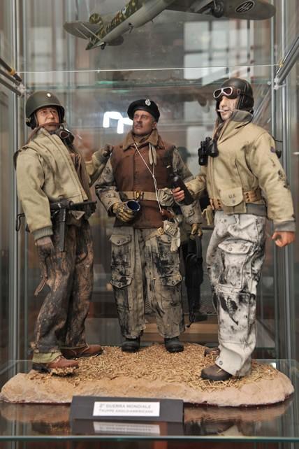 II Guerra Mondiale - 1941 annco cruciale | Civica Galleria Figurino Storico